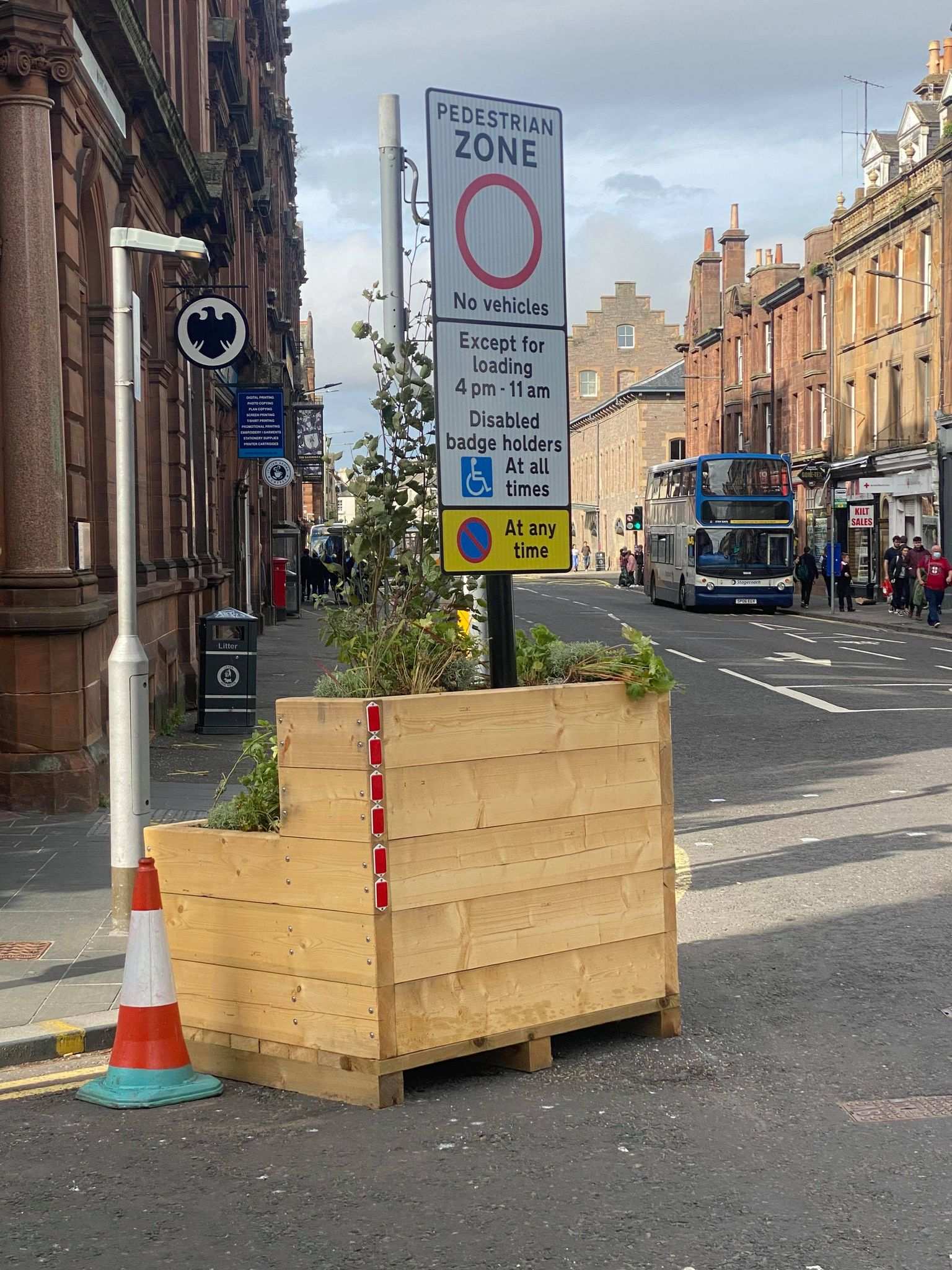 Perth Petition Calls to End High Street Boxes