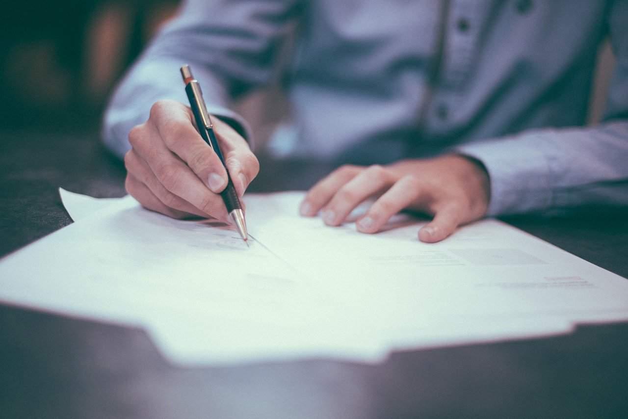 Writing Pen Man Ink Paper Pencils  - Free-Photos / Pixabay