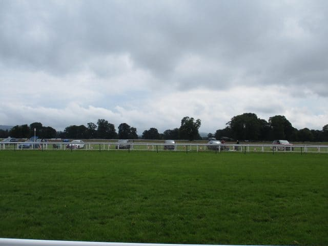 Perth Racecourse Further increase Capacity for July Fixtures
