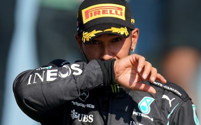 Lewis Hamilton hoping to emerge unscathed from United States GP opening corner