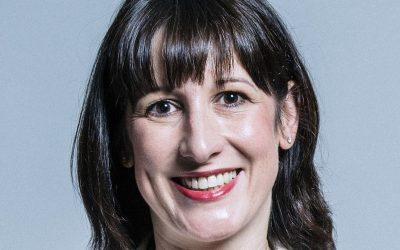 Rachel Reeves: Sunak's help for families is just poor imitation of Sure Start
