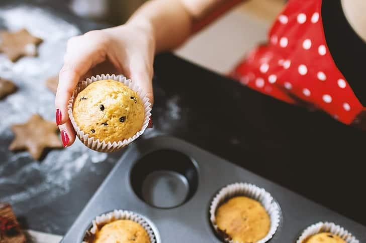 cake baking home baking